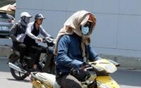 Nắng nóng vượt ngưỡng 40 độ, người dân 'vật vã' khi ra đường