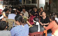 Người dân nghẹn ngào đón thi thể nạn nhân bị nhóm tu luyện giáo phái lạ đổ bê tông
