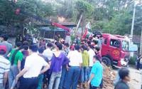 Gần 100 người tìm nạn nhân bị vùi lấp dưới giếng