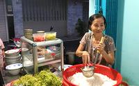 Quán bún bò xí quách chỉ bán 3 tiếng mỗi ngày trong hẻm Sài Gòn