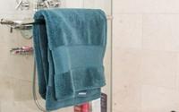 Cả ổ vi khuẩn sinh sôi nảy nở chỉ vì cứ giữ 7 thứ này trong phòng tắm