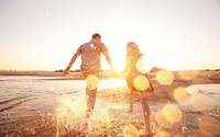 """Lý do mùa hè chính là thời điểm đẹp để """"yêu"""""""