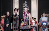 Những bộ trang phục tuyệt đẹp kể câu chuyện Việt Nam trên đất nước Nga