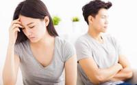 Đàn ông đừng lấy vợ nếu mắc phải tật xấu khiến các bà vợ phát điên này