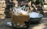 """Dễ ợt cách làm cafe cốt dừa đang được """"săn đón"""" hè này"""