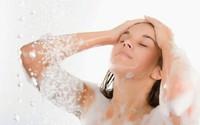 Gội đầu hoặc tắm sau 2 khung giờ này rồi vào phòng điều hòa sẽ phải trả giá bằng sức khỏe, mạng sống