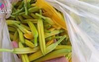 """Kỳ lạ loại hoa bán theo kg, giá lên đến nửa triệu đồng vẫn """"cháy"""" hàng"""