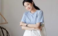 2 kiểu áo phông đơn giản, mặc lên dễ đẹp để các nàng luôn trẻ trung trong mắt đồng nghiệp
