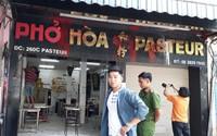 """Bắt nhiều đối tượng """"khủng bố"""" quán phở 50 năm tuổi ở Sài Gòn"""