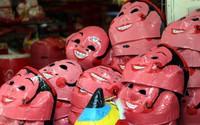 """Đồ chơi """"made in Việt Nam"""" bất ngờ lấn át Trung Quốc tại Hàng Mã trước mùa Trung thu"""