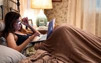 HBO ra mắt phim về cuộc sống mẹ đơn thân khi con trưởng thành