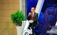 """Nhà báo Lại Văn Sâm làm host chương trình """"Cơ hội cho ai - Whose Chance"""""""