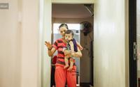 Người mẹ ung thư chấp nhận mù để sinh con: 'Nếu có thể nhìn thấy con, tôi chẳng còn ước mơ nào lớn hơn thế'