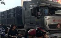 Va chạm với xe container, 2 nữ sinh thương vong