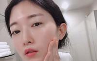 Cùng là thoa kem dưỡng ẩm vào mùa hanh khô nhưng nếu áp dụng 5 mẹo sau, da bạn sẽ đẹp gấp mấy da người ta