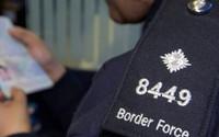 Báo Anh công bố điều tra gây sốc về mánh khóe đưa người sang Anh trái phép qua đường du học