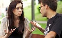 Chồng đòi mang cháu về nuôi, vợ chỉ nói một câu liền im bặt