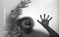 Một phụ nữ bị 7 người đàn ông thay nhau cưỡng hiếp