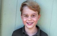 'Đức vua tương lai' George tỏ ra buồn bã khi xem phim cùng bố và lời nói của đứa trẻ mới lên 7 khiến Hoàng tử William phải suy nghĩ