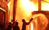 Giận chồng, vợ đốt nhà