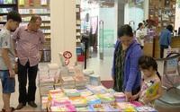 Bộ GD&ĐT có chế tài mạnh xử lý việc ép mua sách tham khảo
