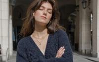 5 cách diện áo len mỏng đẹp như gái Pháp cho ngày hanh hao gió