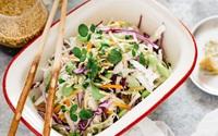 Ngày nào tôi cũng mang món salad này đi làm để ăn trưa, sau 1 tuần vòng eo giảm hẳn 3cm!