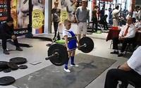 11 tuổi nâng tạ hơn 100 kg
