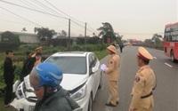 Nữ giáo viên tử vong khi xe máy bị ôtô con kéo lê 300 m