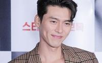 Hyun Bin ngoài đời thích diện vest như quý ông, vuốt tóc lãng tử