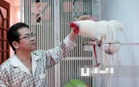 Nam diễn viên nổi tiếng đóng cảnh 'nóng' đầu tiên của phim Việt nuôi gà, trồng cây trong ngôi nhà Hà Nội
