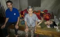 Xót xa cảnh nghèo khó của cụ già 85 tuổi chăm hai con liệt giường