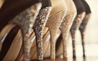 Mẹo khiến giày cao gót cũ, xước trở lại mới toanh mà phụ nữ nào cũng nên biết