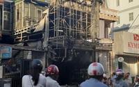 """Thừa Thiên Huế: """"Bà hỏa"""" thiêu rụi cửa hàng quần áo trên đường Hùng Vương"""