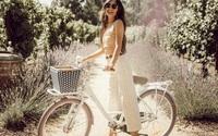 Với thời tiết hè chẳng mảy may gió của Hà Nội, đây là những trang phục phù hợp nhất cho nàng