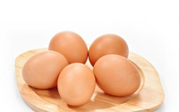 Món ăn thuốc từ trứng gà tốt cho chị em