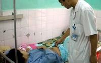 """Tuyên Quang: """"Tranh thủ"""" bác sĩ tăng cường"""
