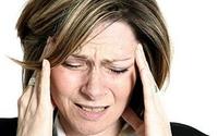 Bài thuốc trị đau đầu khi kinh nguyệt