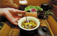 Bài thuốc đơn giản trị bách bệnh từ trà hoa