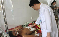 Bệnh nhân bị thủng gan thoát chết trong gang tấc