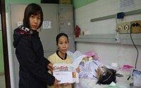 Hơn 6 triệu và áo ấm đến với cô bé viêm não Nhật Bản