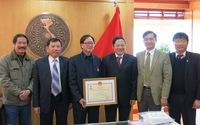 Nhiều cá nhân xuất sắc nhận Kỷ niệm chương Vì sự nghiệp Dân số