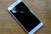 Những smartphone cảm biến vân tay một chạm hot nhất hiện nay