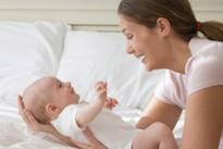 Chăm sóc trẻ sơ sinh khi trời lạnh