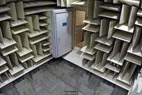 """Không gian rợn người trong căn phòng """"yên tĩnh nhất thế giới"""", nghe được cả... tiếng xương khớp"""