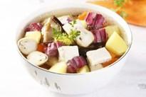 Canh khoai nấu nấm