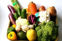 """Chọn thực phẩm xấu, mác """"nhà quê"""" để tránh hàng độc hại"""