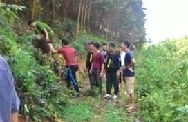 Truy bắt nam thanh niên chém chết bạn rồi bỏ trốn lên rừng