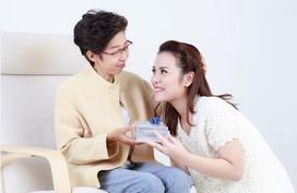 Con dâu cứ thế này, bảo sao mẹ chồng không yêu, không quý?