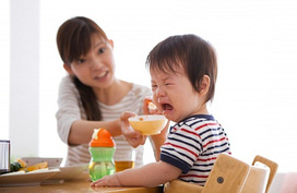 Làm sao biết trẻ bị còi xương hay chậm tăng trưởng